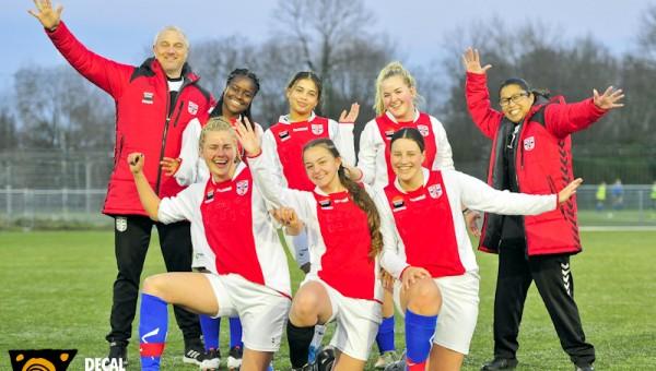 Jong RCL vrouwen