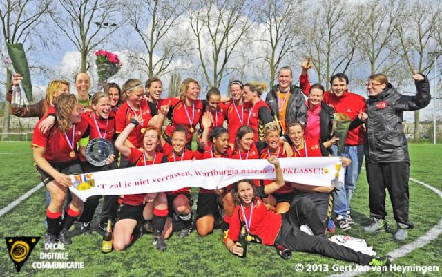 Wartburgia de kampioen van de Hoofdklasse Vrouwen Zaterdag 2012-2013