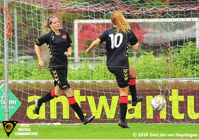 Shannon Molleman van Wartburgia scoorde het tweede doelpunt voor de Amsterdamse Topklasser.