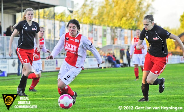 Marcela Cabrera van RCL snel voorbij Sanne Brand en Roos Havermans van Stedoco maar sluitpost Sharon Schoonderbeek was net als Denise Koorevaar een onneembare veste.