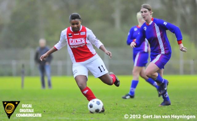 Nes van Buitenveldert. RCL was echter niet in staat de mogelijkheden in klink klare munt om te zetten. Dit duel in de Topklasse voor Vrouwen werd met 2-3 gewonnen door Buitenveldert.