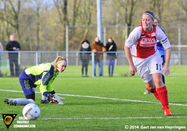Sabine Verheul van RCL brengt redding. Verheul keerde weer terug naar het vertrouwde RCL na het faillissement van FC Utrecht.