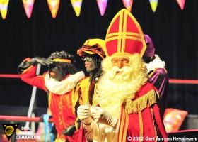 Zwarte Piet vastgebonden in Nootdorp