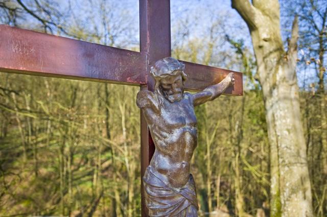 Kruisbeeld op de Mons Acutus.