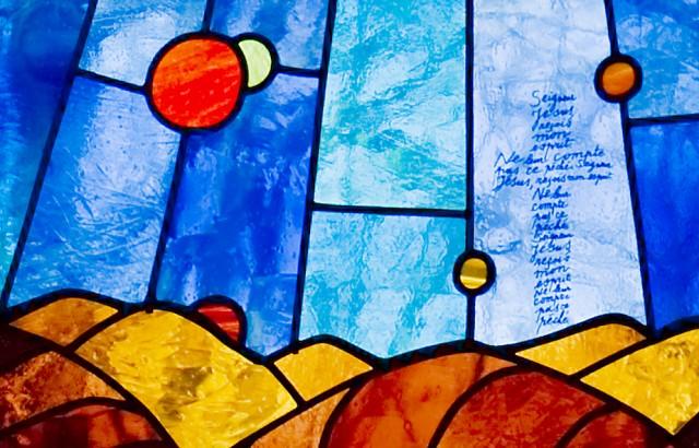 Leven en dood. Detail uit de Kroon der Heerlijkheid van Jean-Michel Folon.